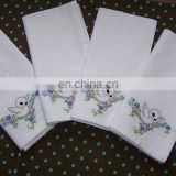 linen napkins with embroidery birds