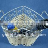 Heart shaped rattan weaving wire storage pen holder