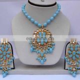 INDIAN COSTUME PENDANT JEWELLERY SET