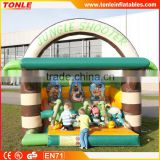 2016 Hot sale inflatable jungle shooting gallery game for kids fun