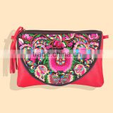 Discount leather bag fashion woman Genuine leather bag Yunnan China style ethnic embroidery messenger bag