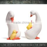 Ceramic cute 3D shape monther and baby goose decoration