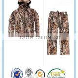wholesale waterproof and windproof hunting camouflage clothing for men