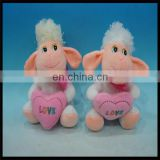 2015 Soft plush Goat Toys with heart
