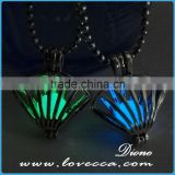 Brass material ladies jewelry luminous necklace pendant glowing in the dark