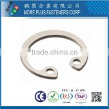 Made in Taiwan Internal Circlip Retaining Rings for Bores A4 Stainless Steel DIN472 Circlips