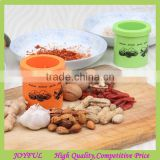 2017 New arrival kitchen tools manual dry fruit nut grinder