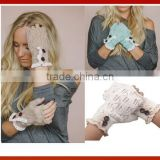 Women's Winter Colored Gloves With Lace And Buttons/New Design Lace Trim Knitted Ladies Hand Gloves