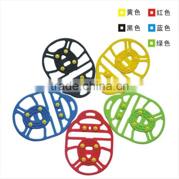2016 New design 6 teeth non-slip silicone crampons for snow and rain weather