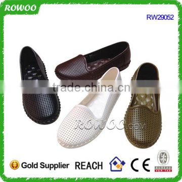 Hot sale Hollow Shiny pvc injection shoe