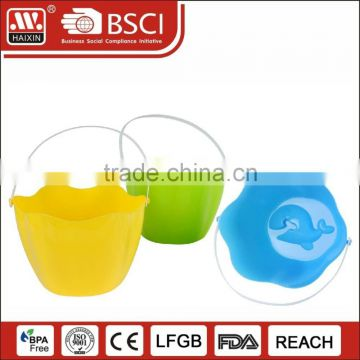 New products wholesale custom different gallon sand beach bucket plastic fishing bucket for playing