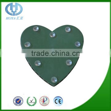 Carving Heart Shaped Floral Foam Manufacturers