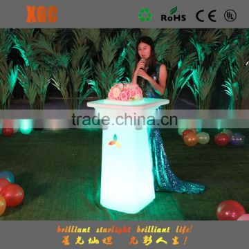 Outdoor Leisure Furniture Round Plastic with LED Light Table