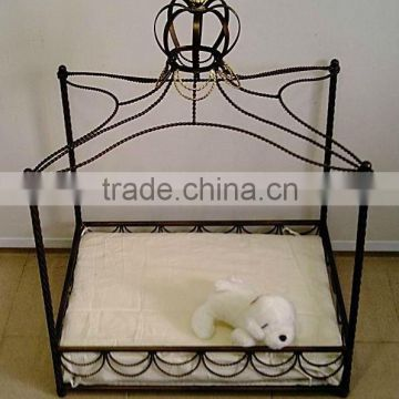 IRON PET BED