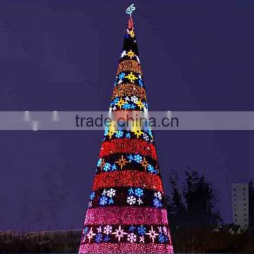 Home and outdoor garden edging decoration 2m to 16m or 6.5ft to 53ft Height artificial large 3d LED Christmas Tree E06 3003