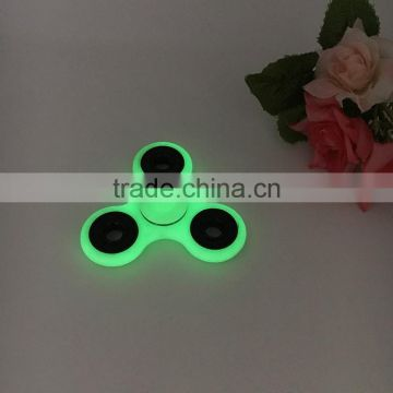 Amazon New Arrival Ceramic Bearing 608 Fluorescent Color Glow in Dark Fidget Hand Spinner Toys