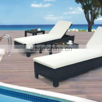 Cheap Classic Pool Chaise Lounge
