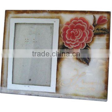 Beautiful Glass Photo Frame with Floral Pattern
