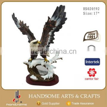 24 Inch Resin Realistic Animal Items Home Decoration Eagle Statues
