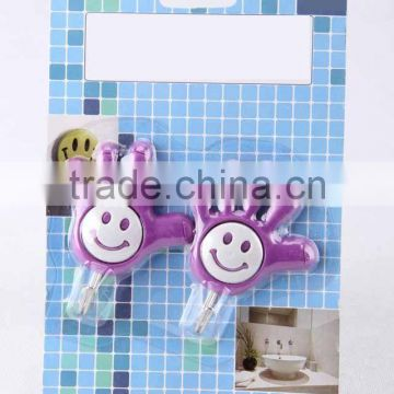 2PC plam shaped hook with smiling face/ plastic hook