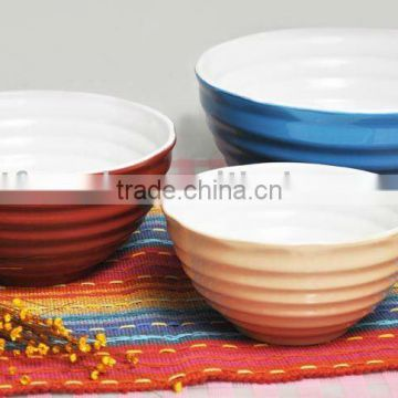 Stoneware mixing bowl set, round colored bowls