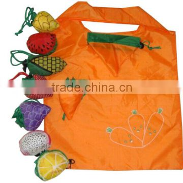 Hot sale Kiwi fruits shape customized logo 190T polyester foldable shopping bag