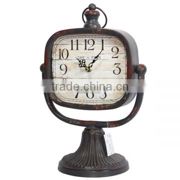 Decorative Rotating Old Fashioned Table Clock