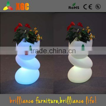 lighted outdoor flower pots PE material waterproof led flower pot,plastic led flower pot with waterproof batery