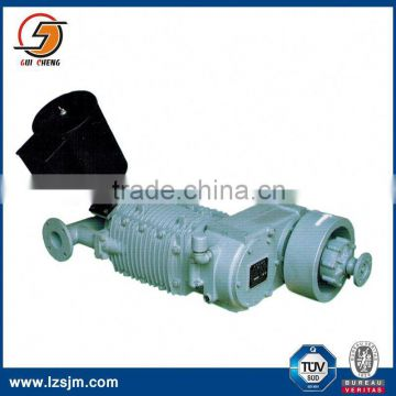 Oil free 8 cbm air cooled water chiller with screw compressor for bulk cement truck