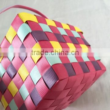 Cheap colorful plastic woven decorative baskets for wedding
