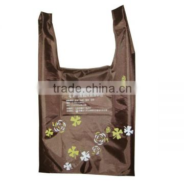 2016 hot sale factory price customized polyester folding bag with pouch inside