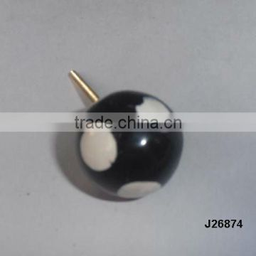 Resin knob with patterns available in other colour and patterns