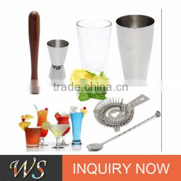 2017 famous high quality and popular cocktail shaker gift set