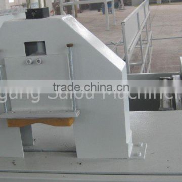 PLC control online straight knife cutting machine to cut PP PE PVC pipes