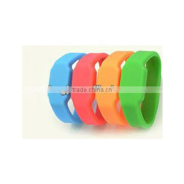 london souvenir gifts wrist band USB LED watch