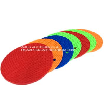 Non-stick heat resistant kitchen honeycomb drying silicone mat