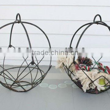 metal hanging basket plant holder