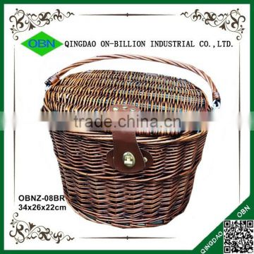 Wicker woven bicycle basket with lid