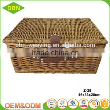 Customized handmade nature Insulating interlayer empty mini willow wicker picnic basket set for 2 person