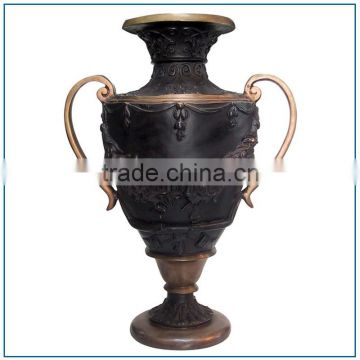 traditional Chinese antique bronze vase for outdoor decoration