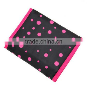 cheap promotional polyester cosmetic pouch bag with custom printing