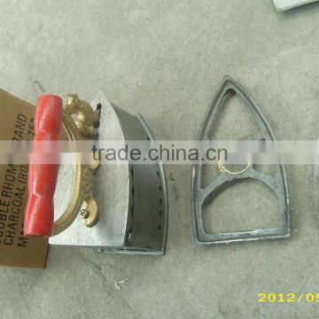 1.8-2.6kg 752# cast iron Cock charcoal iron with low price to middle East