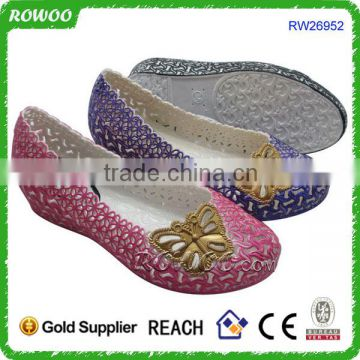 2016 new arrival China Cheap Plastic Shoes factory