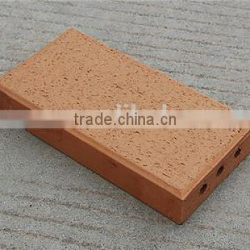 Small clay vacuum extruder fire resistant brick