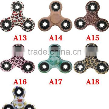 2017 New gadget cheap 16 colors custom camouflage fidget spinner