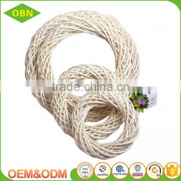 High quality 100% natural hanging loops handmade Christmas tree decoration woven wicker wreath