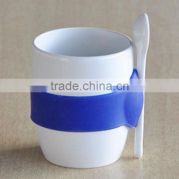 Solid White Ceramic Mug with Silicon Grip and Spoon