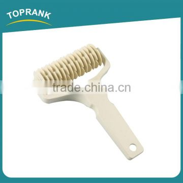 Toprank BSCI Factory High Quality Fondant Embossing Noodle Cutter Roller,Cake Decoration Rotating Roller Lattice Pastry Cutter