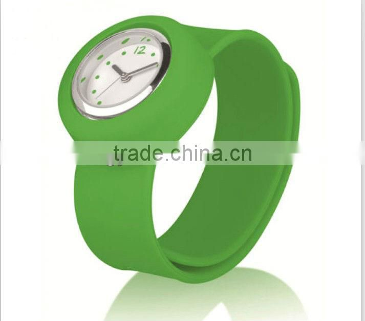 MA-416 2013 Fashionable Waterproof Silicone Watch