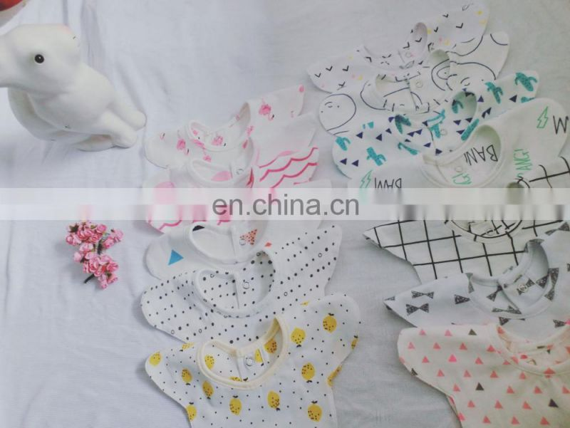 Wholesale cute baby bandana bib fashion soft bib for drooling teething